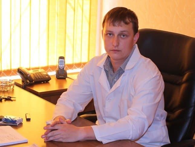 Администрация объяснила, почему врач Крикунов лишился жилья