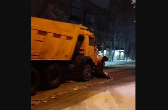В Ртищеве справляются с последствиями снегопада