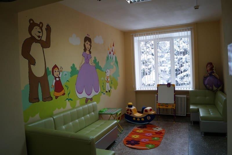 Детская поликлиника обновила интерьер