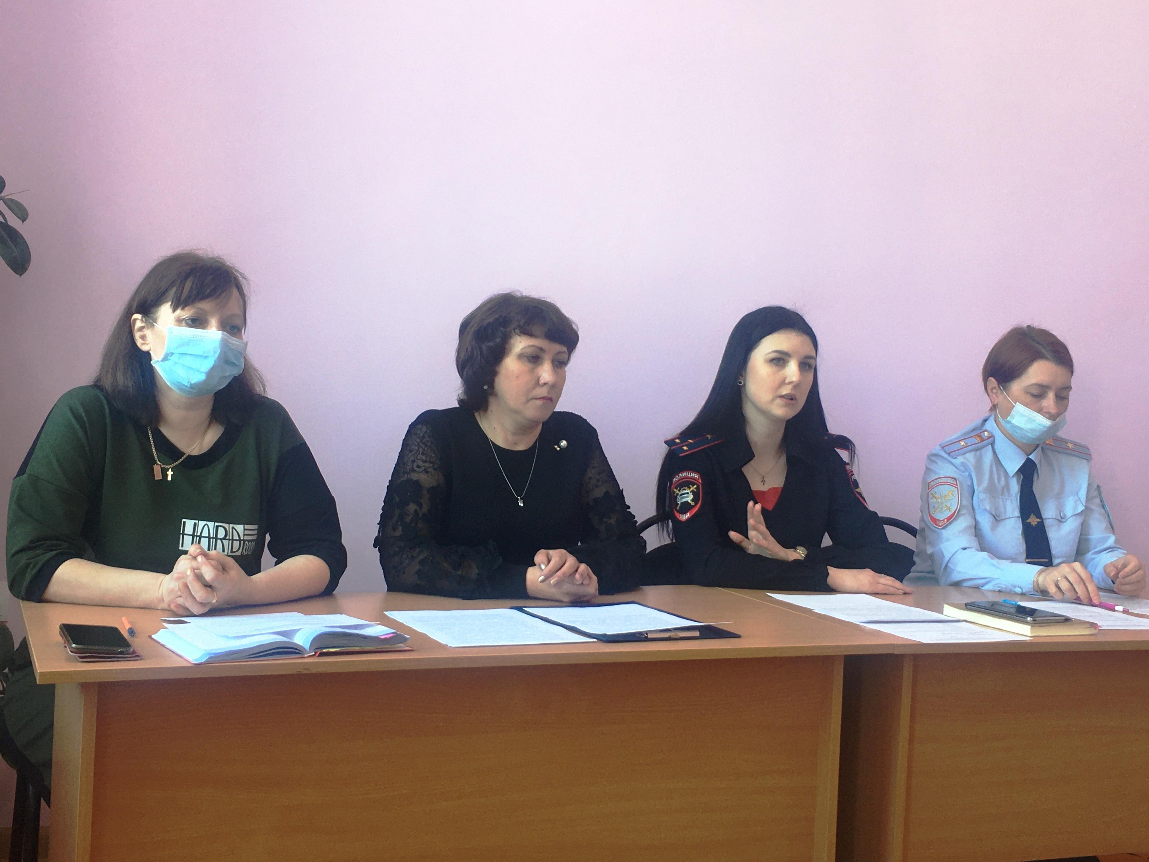 В Ртищеве прошла коллегия представителей образования и сотрудников полиции