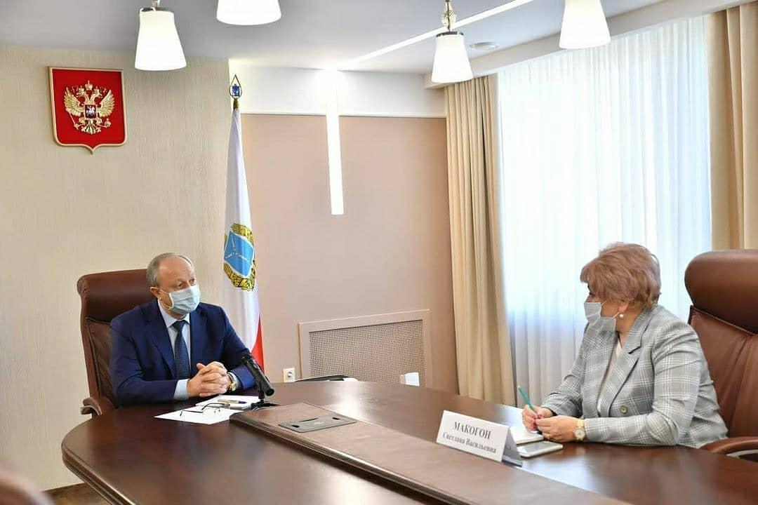 Глава Ртищевского района встретилась с губернатором Радаевым